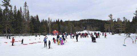 God oppslutning: Hele 238 personer besøkte Barnas Turlags arrangement på Ringkollen. Leserfoto