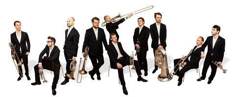 BRASS: Brasskompaniet ble startet som et studentinitiativ blant messingstudentene på Norges Musikkhøgskole. Nå kommer de til Spira.