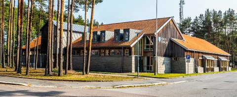 Hvaler kommune arrangerer bilbingo på Påkseaften, på parkeringsplassen ved siden av rådhuset.