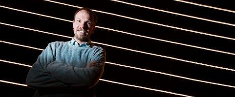 SUKSESS: Regissør Tomas Glans høster knallgode kritikker på Nasjonalteatheret.