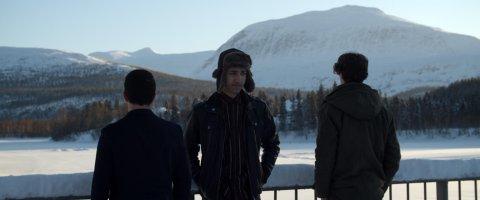 """NY FILM: Filmen """"A Happy Day"""" skal spilles inn i Målselv. Filmen handler om tre gutter som lever livene sine på et asylmottak, og venter på at de skal sendes ut av landet når de blir 18 år."""