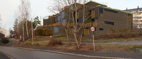 Høyenhall boligutvikling vil bygge over 40 leiligheter i Steinborgveien 45-49. Her sett fra Svartdalsveien. Skisse fra saksinnsyn.