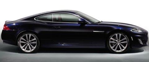 Det er ingen tvil om at Jaguar XK innehar lekre linjer - og det var akkurat det Thoralf falt for.