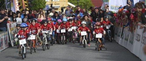 SUKSESS: Torsdag kveld er det på nytt duket for populære Tour of Norway for kids i Kongsbergs gater.
