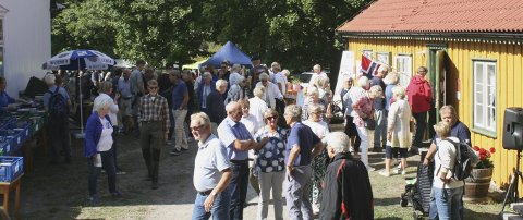 VELDIG POPULÆRT: Åpen dag på bygdetunet på Fagertun er noe mange gleder seg til hvert år. I fjor tok mange turen dit.