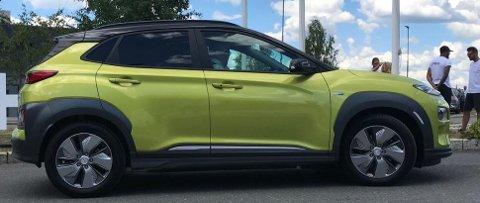 Kontrastfarge på taket ser barskt ut. Dessverre blir ikke dette en valgmulighet for de som bestiller bilen sin nå. Bakgrunnen for det er at Hyundai vil gjøre produksjonen mest mulig strømlinjeformet. Da gjelder det å begrense valgmulighetene.