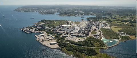UTSETTER UTVIDELSE: Hydro vil ikke bygge ny aluminiumsfabrikk på Karmøy med det første.