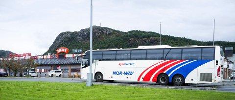 KYSTBUSSEN: Kolumbus forsøker i samarbeid med Kystbussen å legge opp til økt bruk av kollektivtilbudet - også på lange reiser mellom nord- og sørfylket.