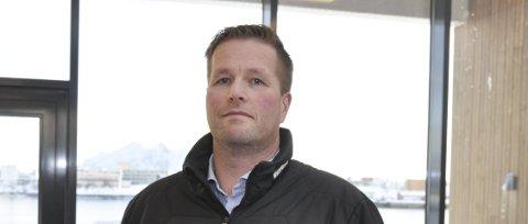Bekymret: Øyvind Løvdal, leder for samarbeidsutvalget ved Kabelvåg barneskole, ber om en forutsigbar tidsplan for det videre arbeidet med mulige nedskjæringer i utbyggingen av skolene i Kabelvåg. Her fra 2016.