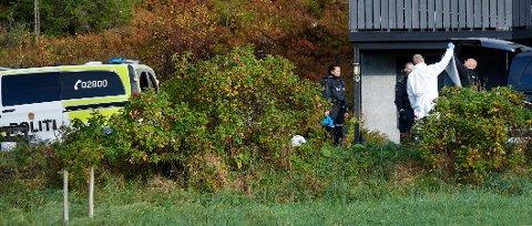 FAR OG DATTER: Både datteren i 30-åra og hennes far i 50-åra ble knivstukket før gjerningsmannen flyktet fra stedet i bil. Han ble senere pågrepet på en bensinstasjon i Namsos.