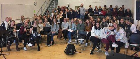 ARRNAGERER SOLIDARITETSKONSERT: Musikklinja på Greåker vidregående skole