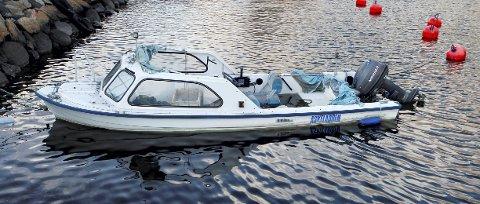 Heller enn å la en gammel båt synke dypere og dypere i fortøyningene, vil man forhåpentlig etterhvert kunne levere den inn og få panten, og den gode samvittigheten som følger med at vraket resirkuleres.