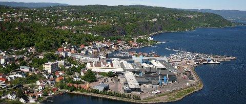 SOLGT: Hydro har solgt valseverkene for 14,2 milliarder kroner. Det omfatter verket i Holmestrand. (ARKIVFOTO)