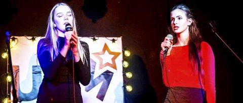 Vakker duett: Venninnene Solveig Nitteberg Andreassen (14) og Vilja Eriksen Moan (14) fremførte «Thank you for the music»