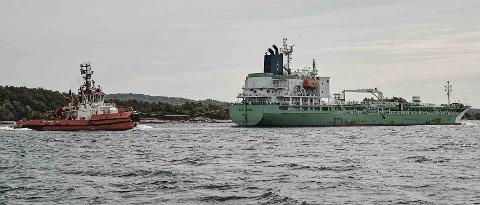 Kystverket starter i desember utdypingen med å rette ut Gamle Langesund mellom Langøya og Gjeterøya. – Tiltaket vil gi store skip en tredje innseiling til Grenland, sier havnekaptein Walter Ahlgreen i Grenland Havn IKS.