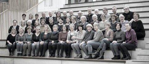 SANGERE: Kongsberg Blandede Kor synger på Grand lørdag 14. april.