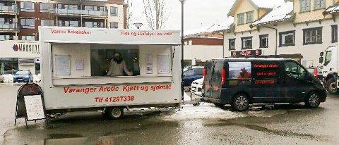FISK: Fiskebilen til Varanger Arctic Kjøtt og Sjømat tar heretter oppstilling i ytterligere tre IØ-kommuner. FOTO: Privat