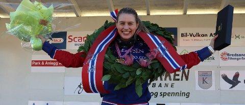 SUVEREN NORGESMESTER: Lørdag tok Amanda Robertsen fra Leksvik sitt første Norgesmesterskap i monté.