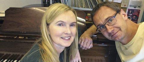 TOSPANN: Christin Eriksen og Tor Martin Leines Nordaas fortsetter samarbeidet sitt der musikk og tekster går hånd i hånd.