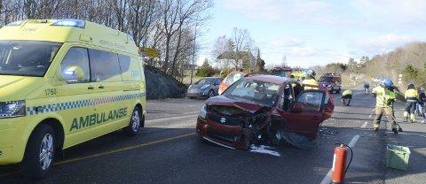 To samme helg: To ulykker på samme helg har ført til at SVV og politiet nå vurderer trafikksikkerhetstiltak i avkjøringen til Holmejordet.Arkivfoto: Bjørn-Tore Sandbrekkene