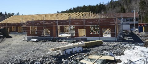Stort bygg: Den nye ungdomsskolen på Vegårshei blir et innholdsrikt bygg på over 1000 kvadrat-meter. I tillegg til mange klasserom, blir det bibliotek og voksenopplæring. Foto: Øystein K. Darbo