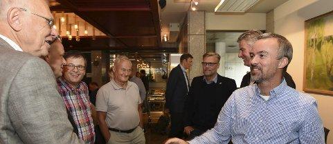 Glede: Produksjonsdirektør Runar Jakobsen i Hunton orienterte om Huntons planer da kommunestyret behandlet avtalen mellom Hunton og Gjøvik kommune.Foto: Henning Gulbrandsen