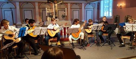 Gitarorkesteret.