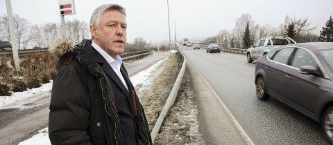 Ber om penger: Ordfører John Harry Skoglund i Fet håper regjeringen har prioritert ny Glommakryssing i ny Nasjonal Transportplan.