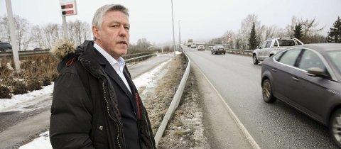 Liker det han ser: Ordfører John Harry Skoglund i Fet kommune.