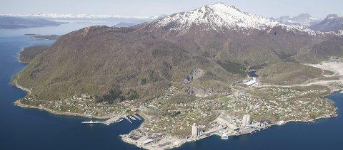 Både og: Blant det som skal fordeles etter Tysfjord kommune er både et opparbeidet underskudd på 70-80 millioner, samt store verdier på noen hundre millioner.
