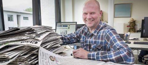Bedring: Redaktør Thor Sørum-Johansen i Glåmdalen forteller at stadig flere får lørdagsavisen slik de skal. FOTO: JENS HAUGEN