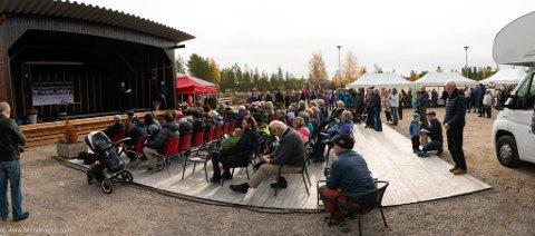 I KULTURPARKEN: Veidemannsfestival i Rendalen betyr blant annet aktiviteter i kulturparken på Åkrestrømmen og ute i naturen, på hotellet og på Storsjøsenteret. Her fra fjorårets arrangement.
