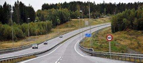 4G HELE VEIEN: I løpet av 2016 vil Telenor oppgradere 4G-nettet langs E6 fra Svinesund til Oslo. Arkivfoto: Trond Thorvaldsen