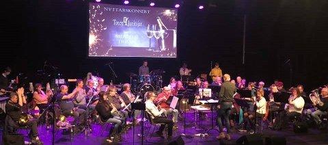 Toten Janitsjar øver til Nyttårskonsert i 2020 med Erik Aune som dirigent.