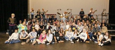 SPENTE: Ensemblet gleder seg til forestillingene. ALLE FOTO: STIG PERSSON