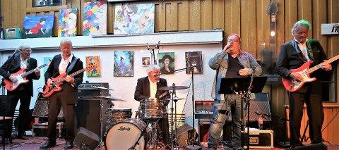 The Shades spilte på Gilles mandag.