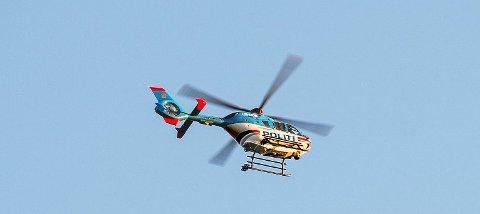 Politihelikopter ble tirsdag satt inn i søket etter en etterlyst mann.