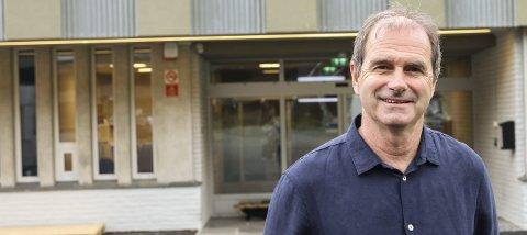 Rektor: Øyvind Bjørkevoll seier han er glad for at dei den 27. april kan opne dørene for nokre av elevane ved Odda vidaregåande skule. Då kan dei gje yrkesfagelevane verkstadundervisning før dei skal søke lærlingplass.arkivfoto: inga øygard Jaastad