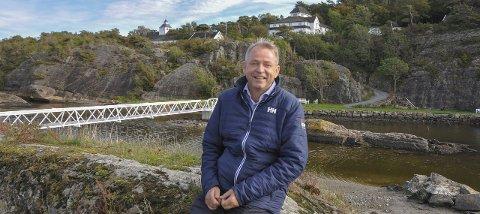 UTBYGGING: Det er i badeåsen, bak Langesund bad, Lars Rise vil ha boligutbygging.