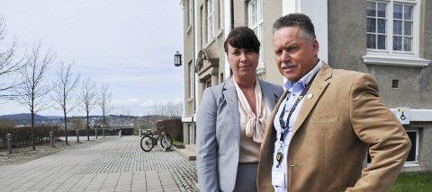 - bør utsettes: Frp-politikerne Gry-Anette Rekanes Amundsen og Knut Morten Johansen mener at den planlagte stenginga av FM-nettet bør utsettes. foto: ørnulf holen