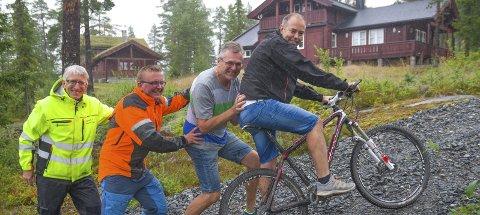 LYGNA: Arrangørene håper på stor opplsutning rundt Lygna Opp. På bildet ser vi Paul Rief sammen med Roar Moen, Aksel Grinaker (til venstre) og Kasper Andresen. Arkivfoto: Arvid Holmlund
