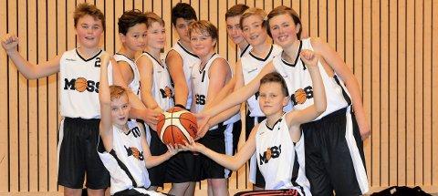 Suksessoppskrift: Unggutta i Moss Basketballklubb har funnet sin helt egen måte å spille på. Alle foto: Petter Andresen