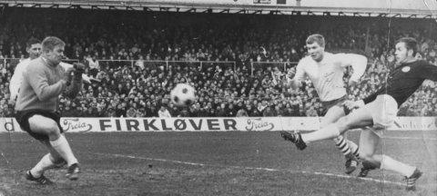 Keeperkjempe: Svein Halvorsen fikk sjansen i mål i cupfinalen i 1969 da FFK møtte Strømsgodset.