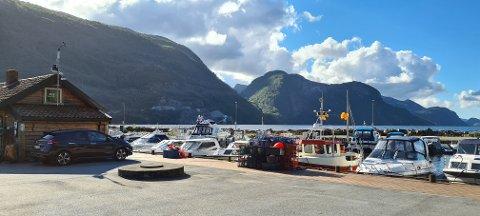 Båthavnen i Dirdal skal få en liten oppgradering til gjestene.
