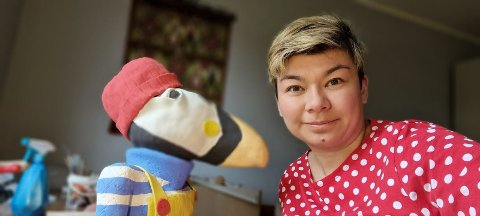 Virginie Andre fra Finnland skal stille ut keramikk inspirert av fabler og myter fra Lofoten.