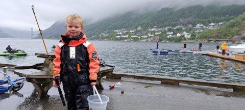 IVRIG: Elias er ein ivrig fiskar, både når det er stintefiskekonkurranse på Forsand og til vanleg.