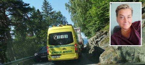 Denne ambulansen på utrykking brukte 15 minuttar meir enn vanleg som følgje av bilkø. Line Roset Kvalvik var på veg heim frå jobb og opplevde situasjonen som direkte ubehageleg.