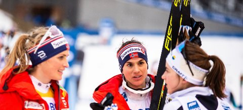 TATT UT: Heidi Weng (i midten) er en av seks romerikinger som skal konkurrere i Ski Tour. Foto: Annika Byrde / NTB scanpix