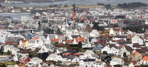 VIRUS: Det er nedgang i antall som tester seg og antall registrert smittede i Haugesund og Karmøy.