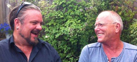 KONGSBERGVENN: Lars Martin Myhre (t.h.) gjestet viseklubben Christian før. Fredag 21. september kommer han sammen med Perry Stenbaeck.